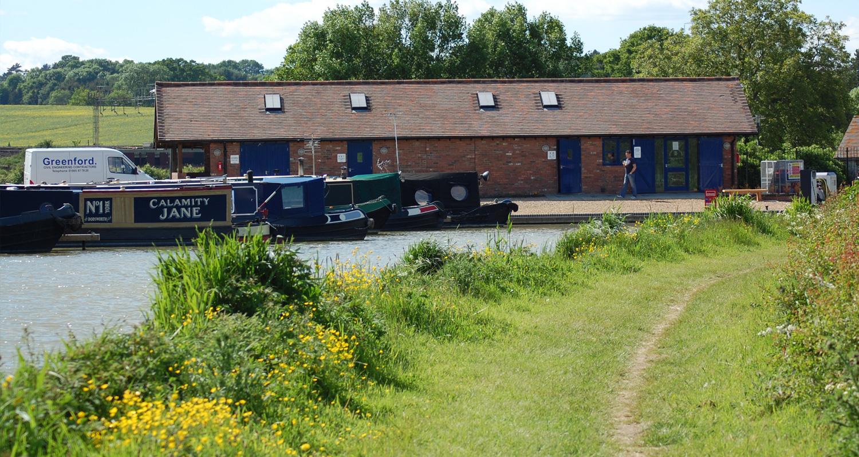 Grove Lock Marina